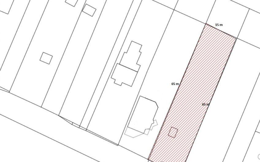 Békásmegyer-Ófaluban két utcára nyílló építési telek