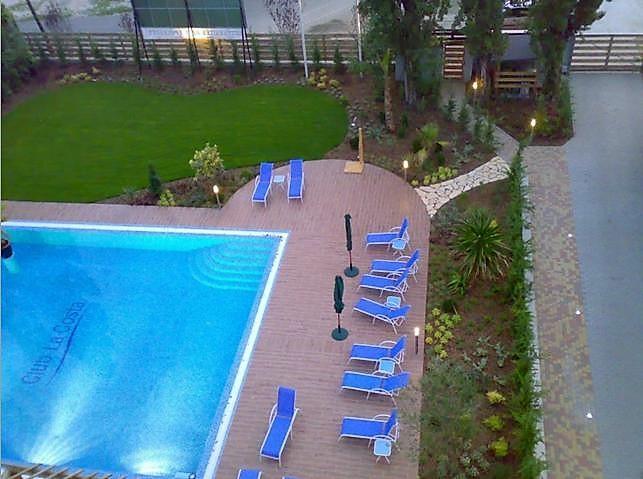 III. ker. Pünkösdfürdő, Club La Costa  apartmann, 56 nm-s tetőterasszal